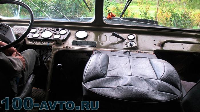 Кабина машины ГАЗ-66